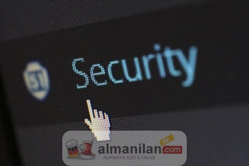 security-gc3296d8c7_640